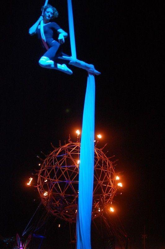 Le cirque ... 3bf3d77d