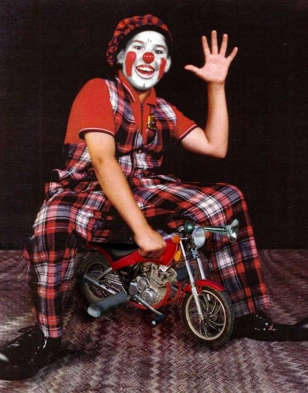 Les clowns  4e53585f