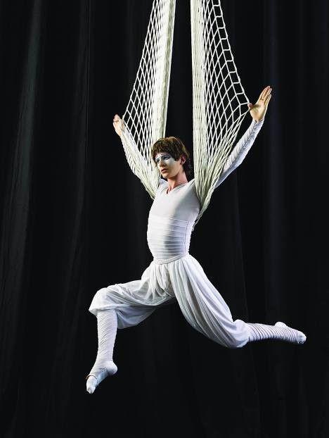 Le cirque ... - Page 2 5b3520c2